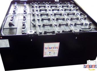 Batteria carrello elevatore acido libero 40x8PzS640